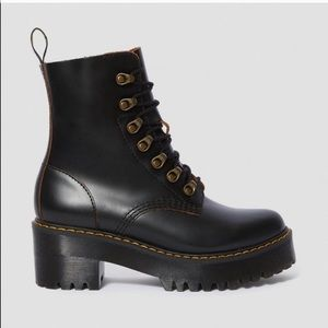 Doc martens Leona boots